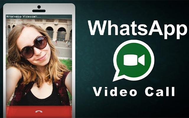 Menggunakan Aplikasi Whatsapp