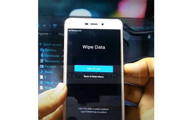 Lalu silahkan pilih Wipe All Data menggunakan tombol volume. Lalu klik tombol power.