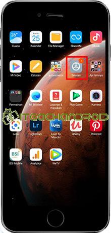 Langkah pertama silahkan masuk ke menu Pengaturan di HP Xiaomi milikmu.