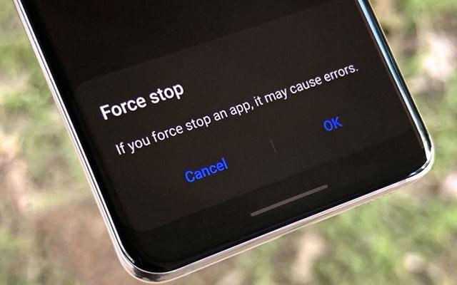 1. Lakukan Force Stop